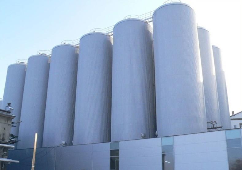 Odnowione silosy :: BROWAR