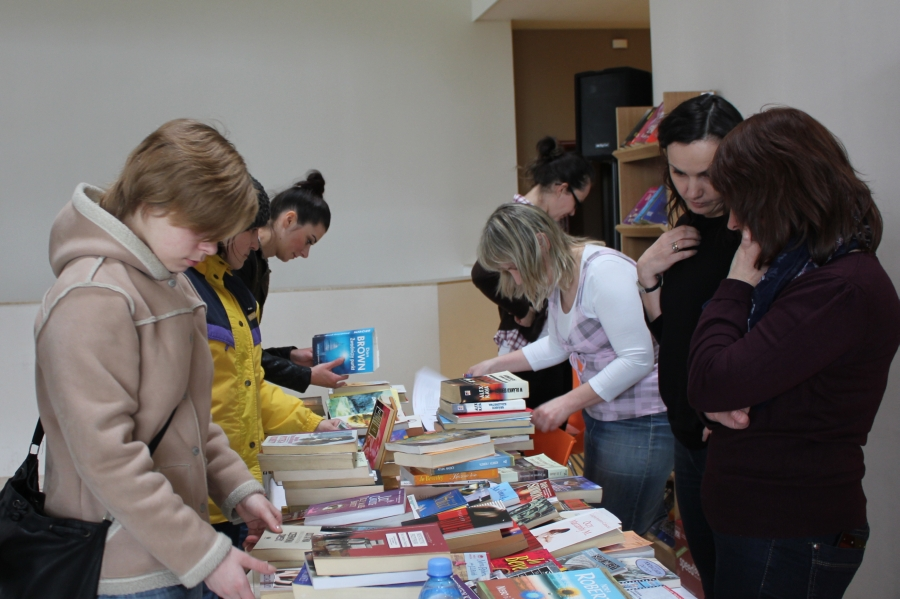 Kiermasz książki używanej :: w Brzesku